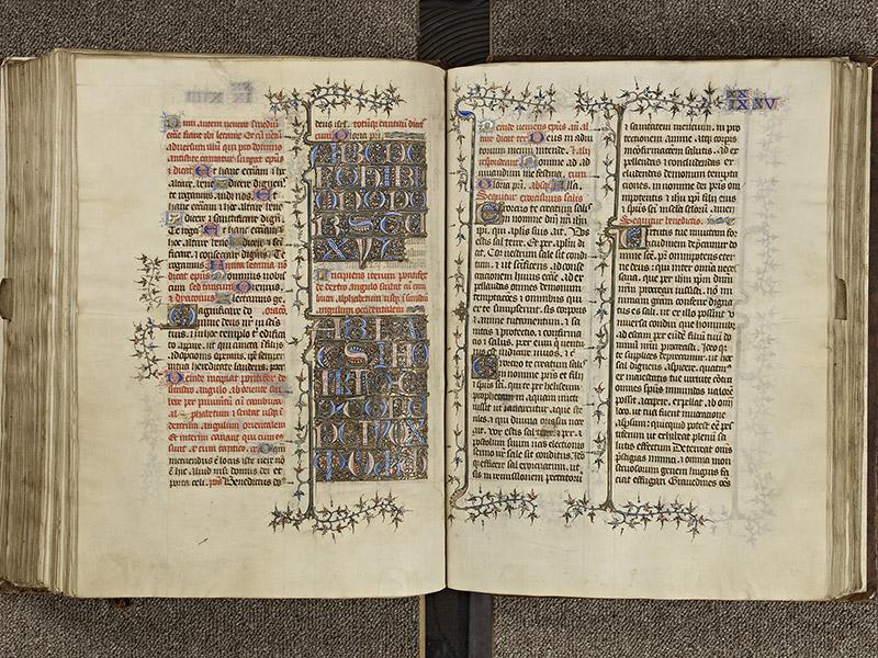 BAYEUX, Bibliothèque du chapitre, 0061, f. 203v - 204
