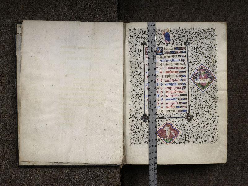 CHANTILLY, Bibliothèque du château, 0064 (1671), f. 000Av - 001 avec réglet