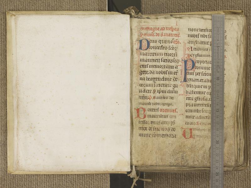NANTES, Musée Dobrée, ms. 0004, contregarde - f. 001 avec réglet