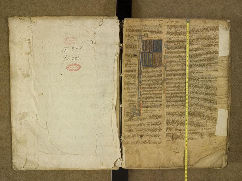 TOULOUSE, Bibliothèque municipale, 0368, contreplat supérieur - f. 001 avec réglet